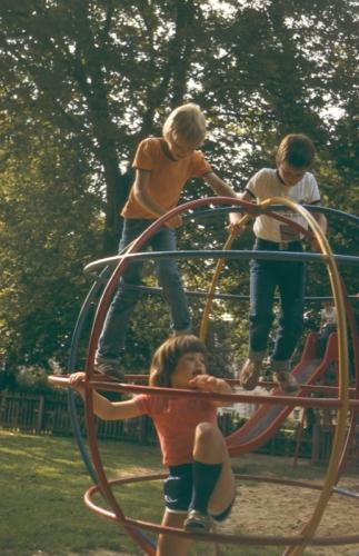blomberg_1980_12